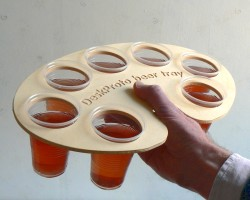 Beer-tray with 7 filled cups