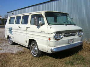 Picture of a real Corvair Greenbrier Van