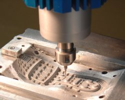 Milling the sole mold