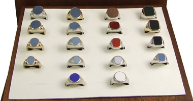 Sales display, showing 18 rings