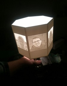 The resulting lithophane lamp